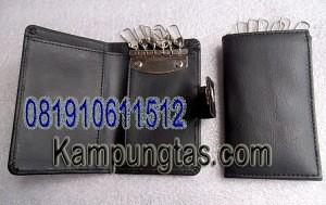 Dompet-Gantungan-Kunci-300x189 DOMPET GANTUNGAN KUNCI